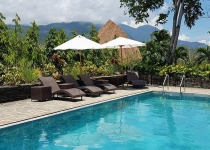 utopia-resort-puerto-galera-swimming-pool